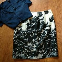 I just discovered this while shopping on Poshmark: Worthington Skirt. Check it out! Price: $12 Size: 12