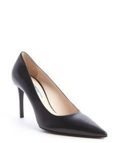 Pradablack leather pointed toe pumps 468