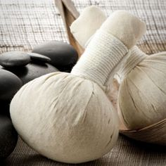 The Beauty Counter : DIY Recipe for Thai Herbal Poultice