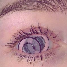 when you rub your eyes while wearing circle lenses Aesthetic Eyes, Aesthetic Grunge, Pink Aesthetic, Makeup Aesthetic, Jolie Photo, Pink Lips, Vaporwave, Beautiful Eyes, Aesthetic Pictures