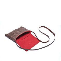 오배자염 쌍배주름 크로스백Traditional natural dyeing crossbag