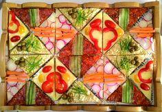 Mosaic sandwich! Infinite pattern #canape #sandwich #idea