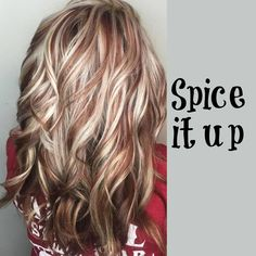 Blonde hair, copper highlights - New Hair Design Hair Color And Cut, Haircut And Color, New Hair Colors, Blonde Hair With Highlights, Copper Highlights, Purple Highlights, Pelo Cafe, Medium Hair Styles, Curly Hair Styles