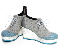 lace wedges via woolings. Click on the image to see more!