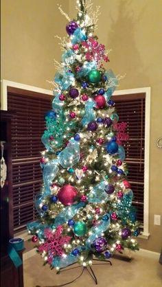 Christmas Tree Ribbon Decorating Ideas