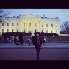 #tb #thewhitehouse #pennsylvaniaave #dc #washingtondc #travel #travelwhileyoung #solotravel #domestictravel Btw I'm not voting in this ridiculous presidential election. My top candidate is too socialist and the other options are non-options. Just sayin'. by __sillything #WhiteHouse #USA