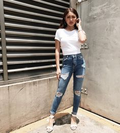 Nadine style for ItsShowTime (ctto) Nadine Lustre Ootd, Nadine Lustre Fashion, Nadine Lustre Outfits, Ootd Fashion, Fashion Outfits, Fasion, Casual Outfits, Cute Outfits, Summer Outfits