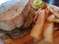 Vegan Food, Vegan Recipes, House Salad, Raw Vegetables, Vegan Options, House Made, French Fries, Lettuce, Brewery
