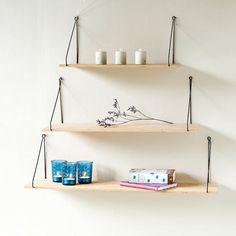 etageres murales simples et bois suspendues avec ficelles facile et pas cher