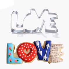 1pc Stainless Steel Cookie Cutter LOVE Letter Biscuit Fondant Baking Mold DIY Fondant Cake Decorating Tools