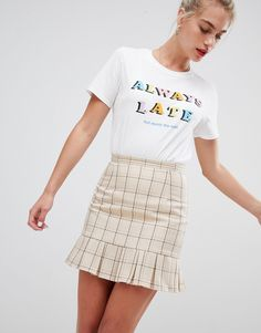 Skirt around those dreaded deadlines while looking fabulous. Not just for summer, skirt season is all year long and no one is ready to say goodbye to the preppy check made famous by the queen herself, Cher Horowitz. This Daisy Street tailored skirt in a vintage check is perfect paired with a relatable slogan tee – you'll be ready to hit the hallways with a sass like never before. Shop on ASOS now. Product code: 1316358