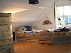 Jongenskamer boysroom jungszimmer on pinterest old wood wooden lamp and lamps - Interieur decoratie americain ...