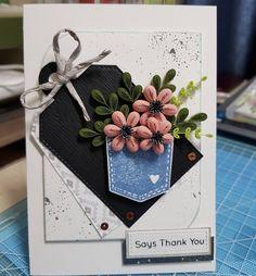 #종이 #종이감기 #종이감기공예 #종이감기카드 #카드 #꽃 #종이감기꽃 #작품 #취미 #완성 #paper #quilling #paperquilling #papercard #card #flowercard #flowers #❤