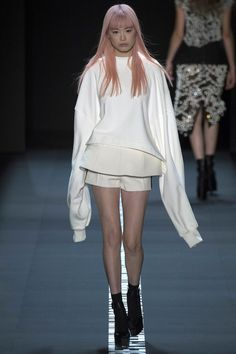 Vera Wang - Spring 2017 Ready-to-Wear