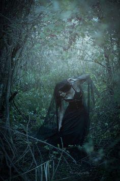 """""""Forest Witch"""" Ma sicuramente è """"una Strega della foresta"""" Perché una Strega lo è soltanto in un dato contesto... E si. By me."""