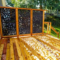 balcony privacy screen Turn your lights off! Core Glow Stones, Crystals, Powder, and Beads add nighttime illumination powered by the sun or any other light source for a glow that Outdoor Privacy Panels, Garden Privacy, Privacy Screen Outdoor, Outdoor Decorative Screens, Deck Privacy Screens, Decorative Screen Panels, Privacy Fences, Backyard Projects, Backyard Patio