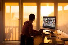 Les effets du télétravail sur la transformation numérique : quelles répercussions ? Harvard Business Review, Cv Online, Drive Online, Dear Parents, Zoom Call, Work Week, Work Life Balance, Talking To You, College Students