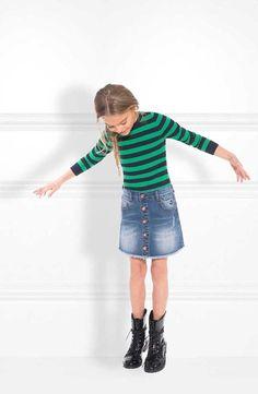 Nik and Nik meisjeskleding by NIkkie Plessen. Deze outfit komt uit de Nik & Nik wintercollectie 2017-2018. Shop direct online @ https://www.nummerzestien.eu/nik-and-nik/meisjes/