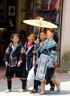 Sapa,-Black-Hmong-girls   Viet Nam Laos