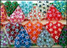 Kronleuchterjuwelen Glasperlenschmuck - Herzchen-Collier aus tschechischen Glasschliffperlen (Detailfoto 1)