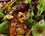 Roast beetroot and pumpkin salad with walnuts and rocket Pumpkin And Beetroot Salad, Beetroot And Feta Salad, Pumpkin Salad, Beetroot Ideas, Roast Pumpkin, Vegan Pumpkin, Pumpkin Recipes, Vegetarian Recipes, Cooking Recipes
