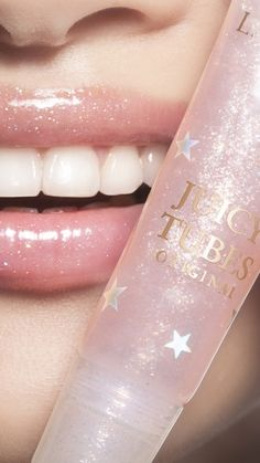 The original Juicy lip gloss with ultra high shine and of lasting hydration. You asked, we listened. The original and iconic Juicy Tubes lip gloss is back! Makeup Goals, Makeup Tips, Makeup Geek, Makeup Ideas, Lip Gloss Colors, Lip Colors, Glossy Lips, Dark Lips, Beauty Skin