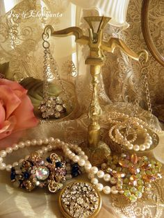Vintage Accessories And Pearls #archivecircus