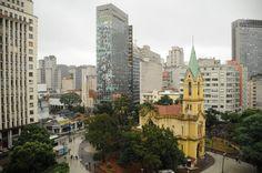 Galeria do Rock- por Katherine Montagno A minha intenção com esta foto era tirar de um ângulo panorâmico, para mostrar toda a vista de São Paulo que temos na galeria do rock.