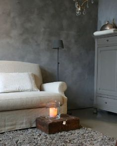 Cement looking living room wall Pure & Original Gray Interior, Interior And Exterior, Interior Design, Living Room Grey, Home And Living, Lime Paint, Tadelakt, Wall Colors, Fresco