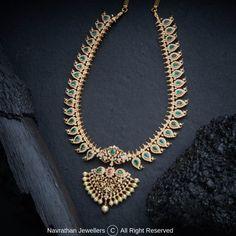 Gold Bangles Design, Gold Jewellery Design, Diamond Jewellery, Gold Jewelry, Women Jewelry, India Jewelry, Antique Jewelry, Jewlery, Mango Mala Jewellery
