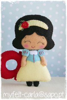 Adorable felt Snow White