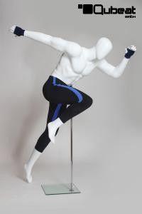 #Schaufensterpuppe #Mannequin #gesichtslos #faceless #weiß #stehend #sprint #laufen #männlich #sportlich #white #matt #sportlich