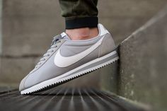 Shop your Nike Classic Cortez NY from 54.96 ( shipping included) with feetzi http://ift.tt/2no4AfO #nike #Nikecortez