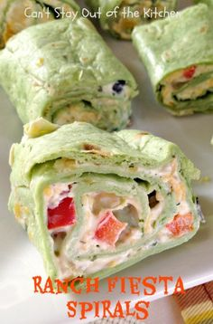 Ranch Fiesta Spirals - Delicious Tex Mex style roll up with Ranch dressing mix in a creamy sauce with olives, green onions, red and orange bell peppers, diced green chilies, cheese and cilantro! Finger Food Appetizers, Appetizer Dips, Appetizers For Party, Appetizer Recipes, Finger Foods, Snack Recipes, Cooking Recipes, Wrap Recipes, Yummy Recipes