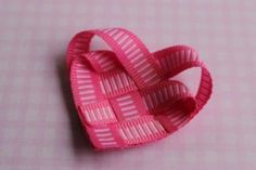 tutorial available on how to make this ribbon heart hairclip
