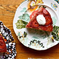 Strawberry Upside-Down Cake With Cardamom