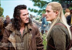 Luke Evans as Bard (right) and Orlando Bloom as Legolas (left) in The Hobbit: The Desolation of Smaug (2013)