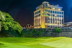 Book The Bayleaf, Manila on TripAdvisor: See 1,052 traveler reviews, 695 candid photos, and great deals for The Bayleaf, ranked #1 of 105 hotels in Manila and rated 4.5 of 5 at TripAdvisor.