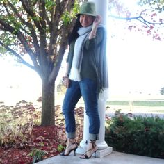 Elegance and Mommyhood.: All the Fringe with Pumps & Pushups and Hey Girl, Link Up.