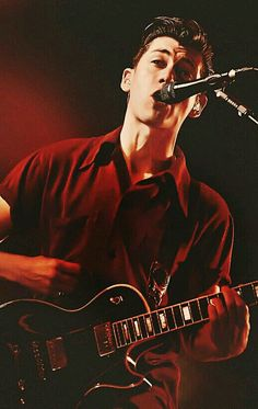 Find images and videos about arctic monkeys, alex turner and so handsome on We Heart It - the app to get lost in what you love. Alex Turner Hot, Monkey 3, Matt Healy, The Last Shadow Puppets, Indie Music, Will Turner, Music Bands, How To Look Better, Singer