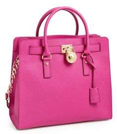 pretty Michael Kors tote  http://rstyle.me/n/i6ruhpdpe