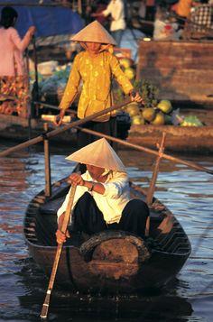 In Vietnam wordt u overweldigd door de sublieme schoonheid van de natuur, de bijzonder culturele schatten en de charme van de bevolking!