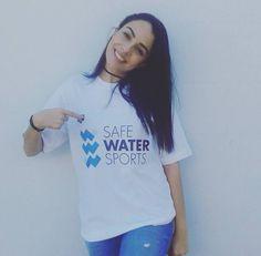 Χριστίνα Κυριακού Water Sports, T Shirts For Women, Tops, Fashion, Moda, Fashion Styles, Fashion Illustrations