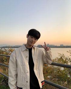Korean Boys Ulzzang, Korean Men, Korean Actors, Kim Tae Yeon, Kim Joon, Mark Nct, Sims 4 Mods, Korean Music, Popular Music
