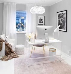 explore creative home office design ideas to help inspire yours. Home offices design with an elegant and comfortable space. Home Office Space, Home Office Decor, Office Interior Design, Office Interiors, Office Inspo, Office Ideas, Luxury Office, Classic House, Interior Design Living Room