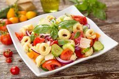 SALATE DE PASTE   Diva in bucatarie Tortellini Salad, Pasta Salad, Cobb Salad, Diva, Health Fitness, Cooking, Ethnic Recipes, Food, Crab Pasta Salad