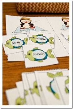Free download to practice ch, sh, th, wh! And other penguin themed activities.