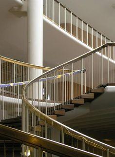 Arne Jacobsen - scala municipio di Aarhus - dettaglio