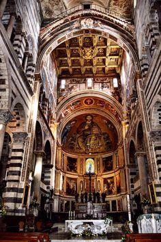 Interior Catedral de Santa Maria Asunta (Pisa - Italy)