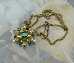 Vintage Green Rhinestone Necklace Old Style Beauty Quality Chain Square and Round Rhinestones  PLUS a Bonus  :)